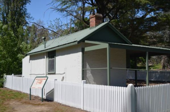 Commissioner's shack