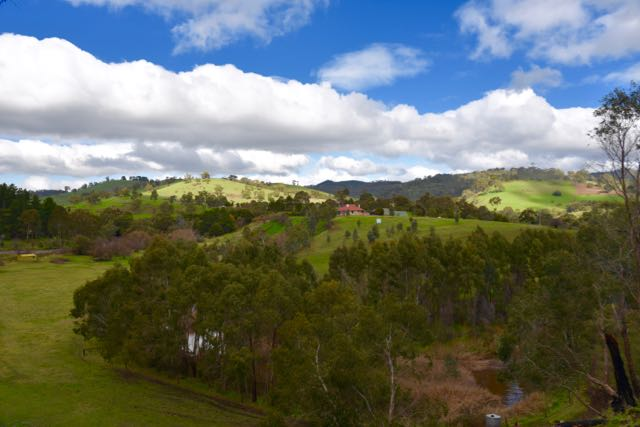 Typical countryside surrounding Cudlee Creek
