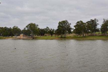 Looking back across the Murray towards Morgan