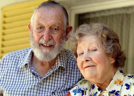 Warren-Bonython-with-his-beloved-wife-Bunty.jpg