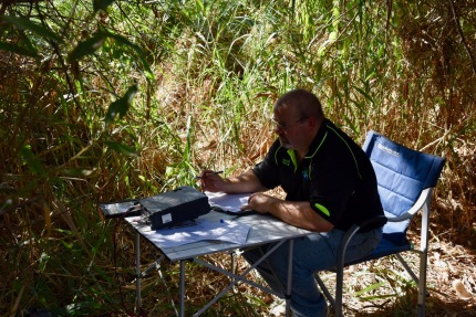 Danny Vk5DW making contacts on 40m